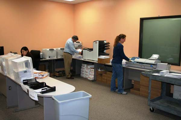 RMCN Credit Services Headquarters Mail Room